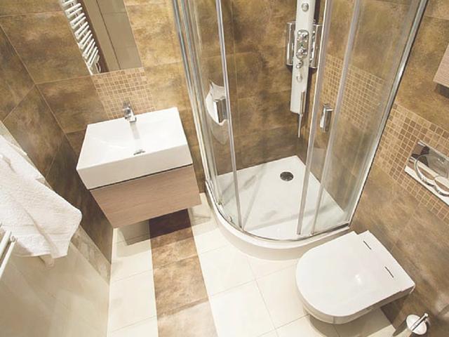 Come arredare un bagno piccolo assoscai for Arredare piccolo bagno